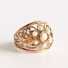 Lady's Vintage 14K Rose Gold Pearl Ring