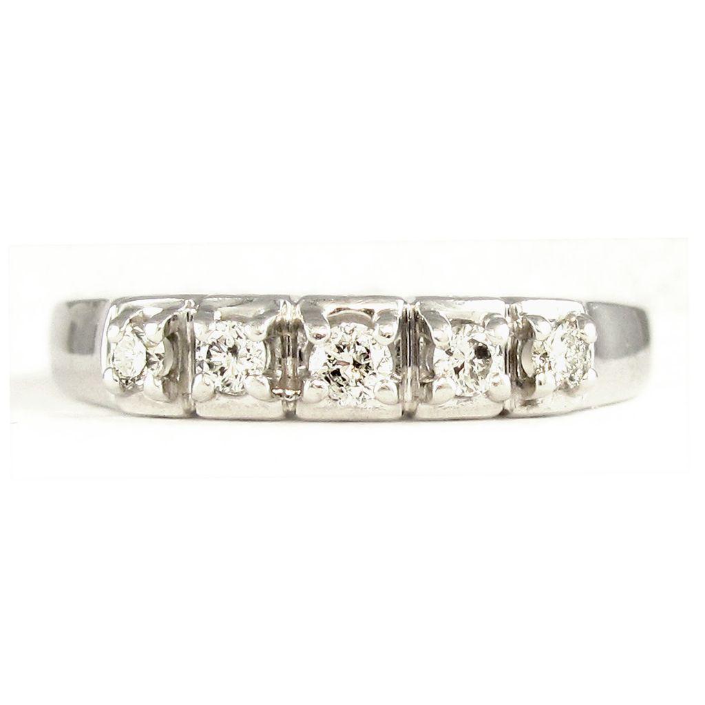 Gorgeous 14K White Gold Diamond Set Wedding Band Ring, Heart Gallery