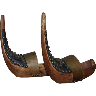 *** Unusual French Small Shoes ***