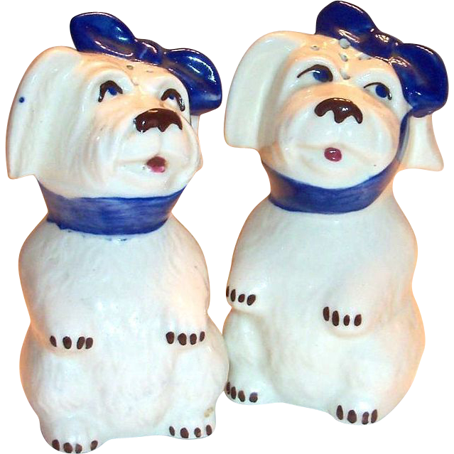Shawnee Pottery: Larger Muggsy Range Salt & Pepper Set