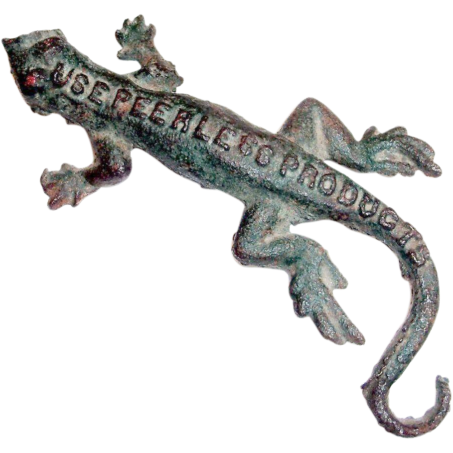 Vintage 1950's Peerless Products Advertising Cast Iron Lizard