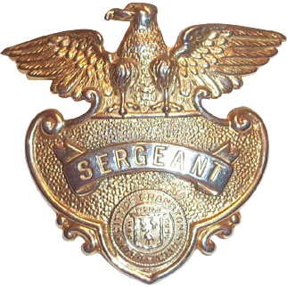 Police Sergeants Gold Tone Eagle Top Metal Cap Badge