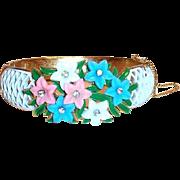 Vintage Trifari Glass Flowers on a Gold Tone Bracelet