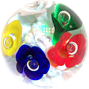 Lovely Multicolored Horn shaped Flower Design Glass Paperweight