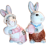 Fitz & Floyd 1990 Hand Painted Easter Mr. & Mrs. Bunny Salt & Pepper Shakers