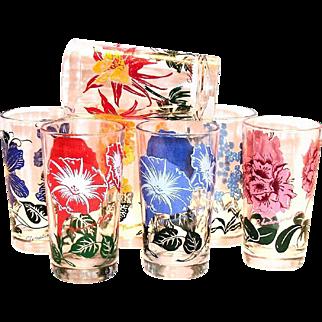Vintage Floral Design Drinking Glass