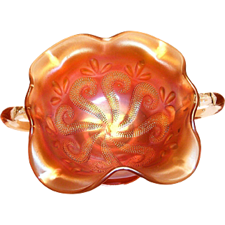 Lovely Carnival Glass Bon Bon Compote/Nappy