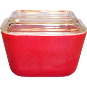 Pyrex Small Red Covered Refrigerator Dish