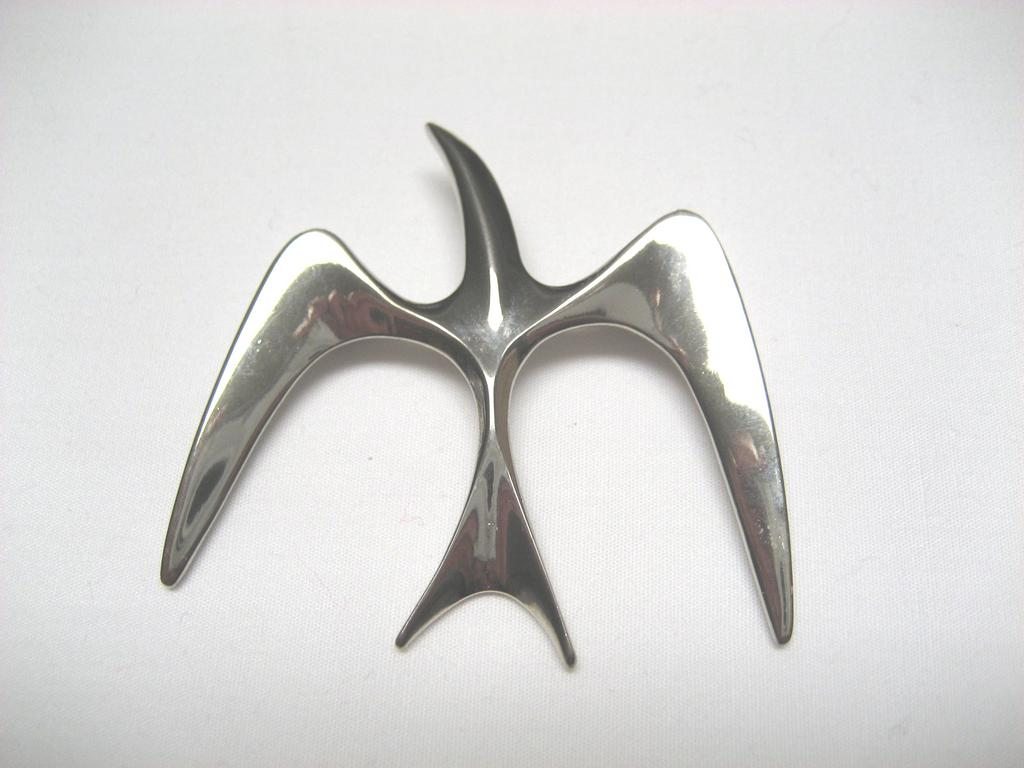 Sarah Coventry Silver Tone Bird Brooch/Pin