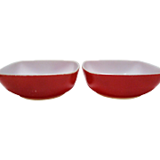 Pair of Red Pyrex Square Bowls - 1 1/2 Quarts