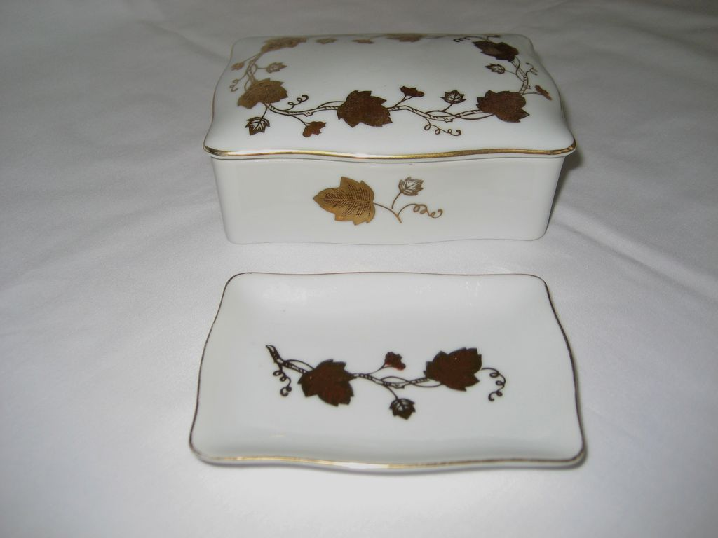 Lefton Lidded Cigarette Box and Ashtray