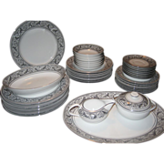 36 Piece Set Harmony House Valencia Dinnerware