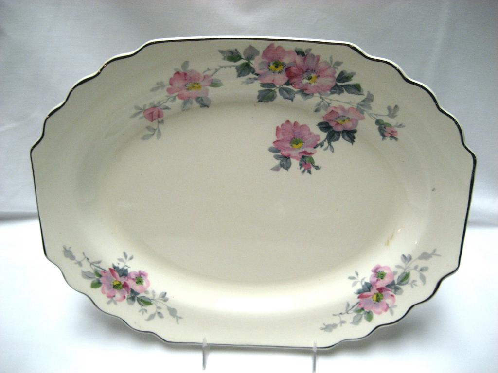 W.S. George Canarytone Blossoms Platter