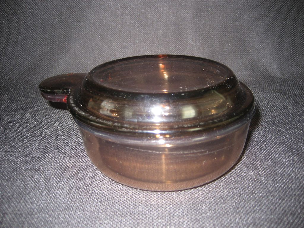 Pyrex Visions Grab-It With Glass Lid