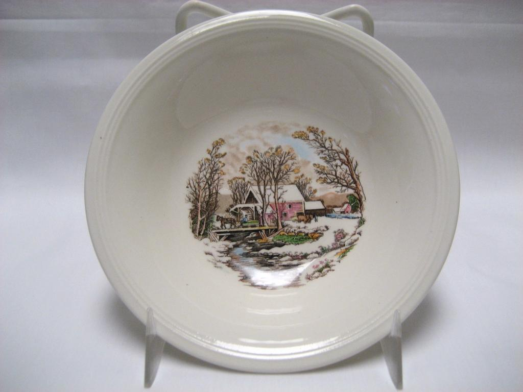 Set of 5 Edwin Knowles Winter Scenes Dessert Bowls