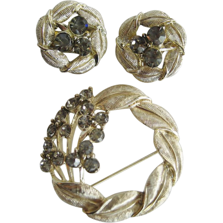 Goldtone and Smoke Colored Rhinestone Brooch and Earrings
