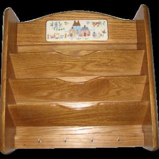 International Heartland Wooden Mail and Key Holder