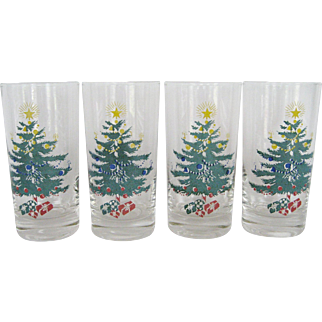 Set of 4 Christmas Drinking Glasses