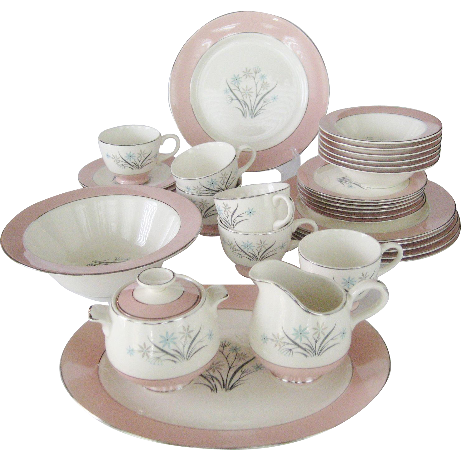 35 Pc Set Of Homer Laughlin China Brittany Shape From