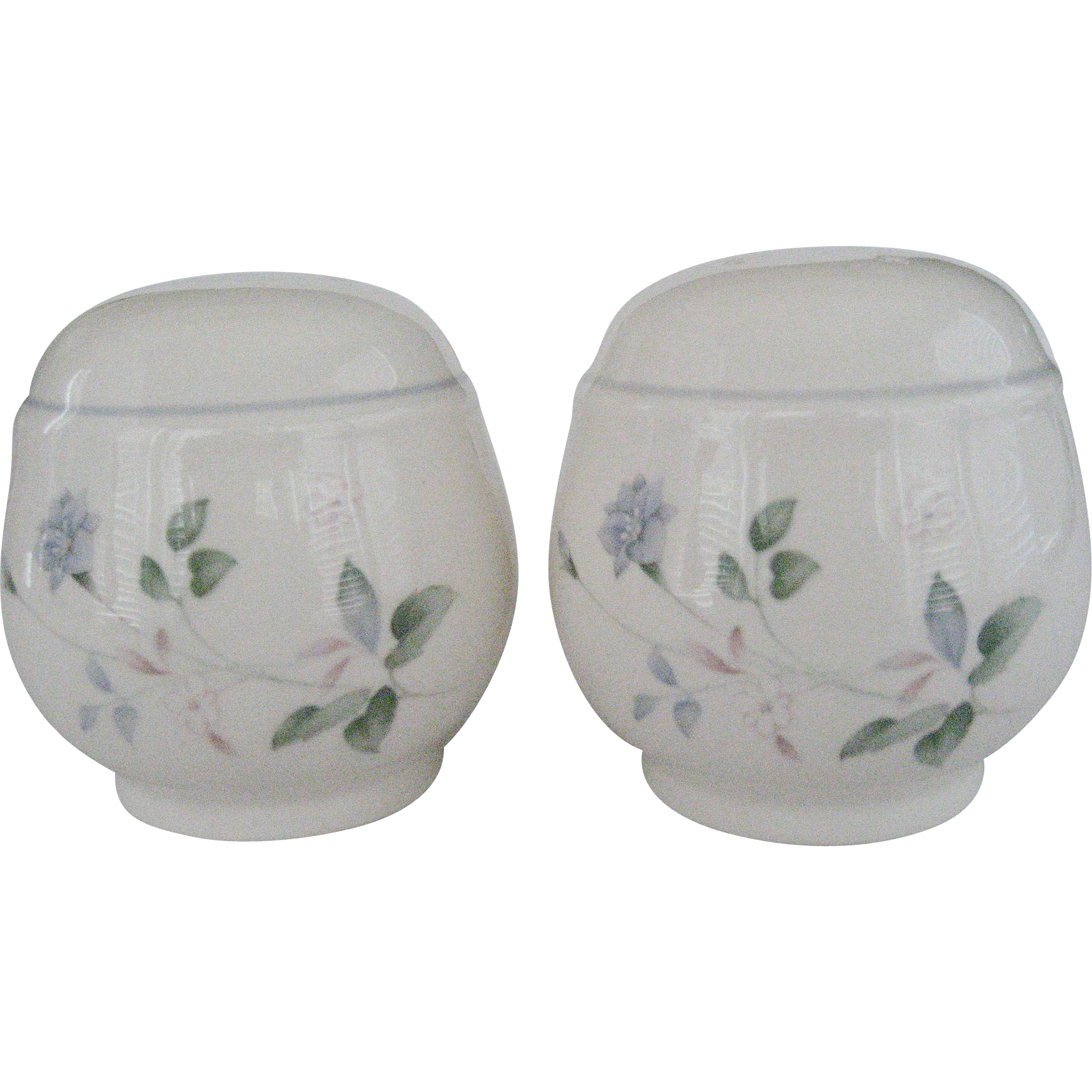 Noritake Keltcraft Ireland Salt & Pepper Shakers - Cortland