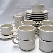 Set of 12 Syracuse Restaurant Ware Cups and Saucers