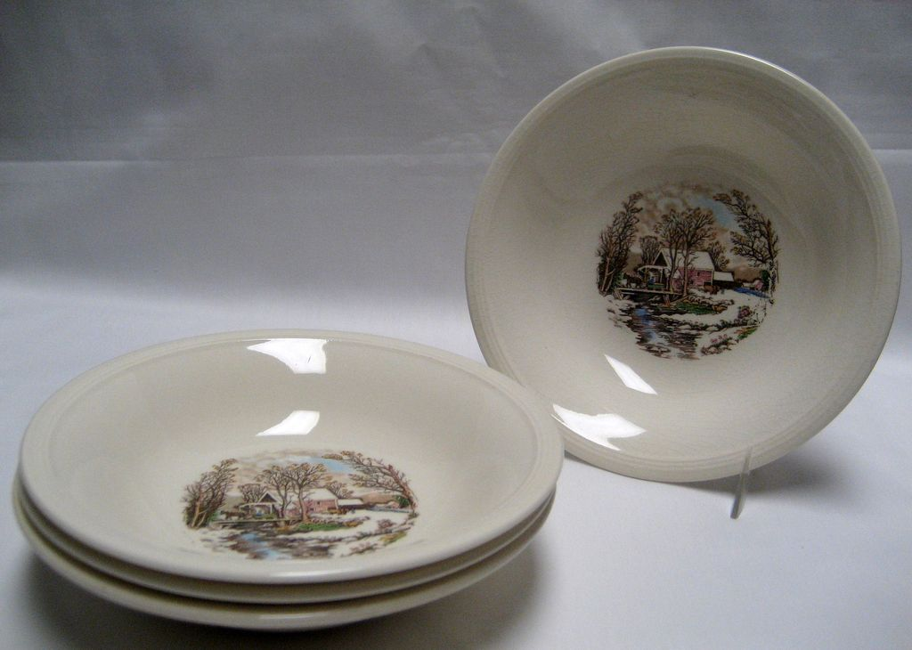 Set of 4 Edwin Knowles Winter Scenes Fruit/Dessert Bowls