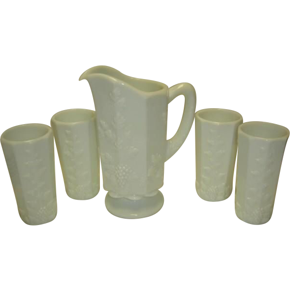 Westmoreland Paneled Grape Pitcher and 4 Tumblers