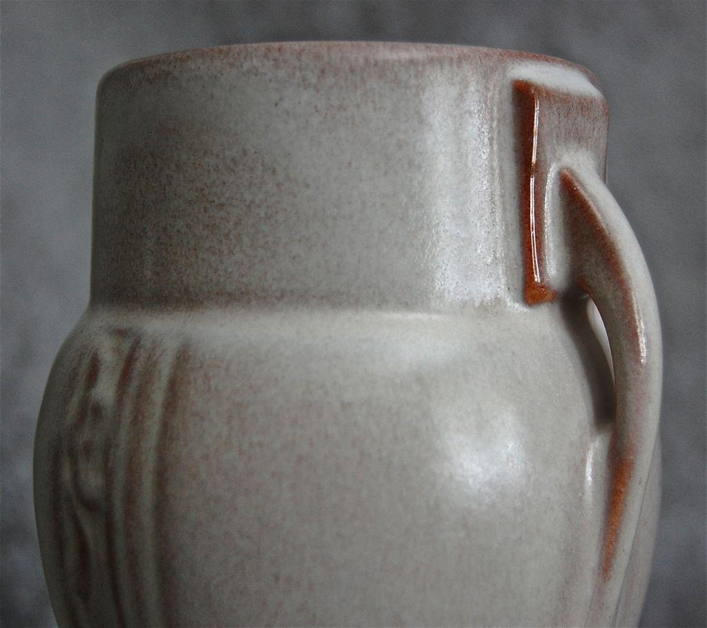 roseville pottery moderne vase 787 6 pink c 1936 from. Black Bedroom Furniture Sets. Home Design Ideas