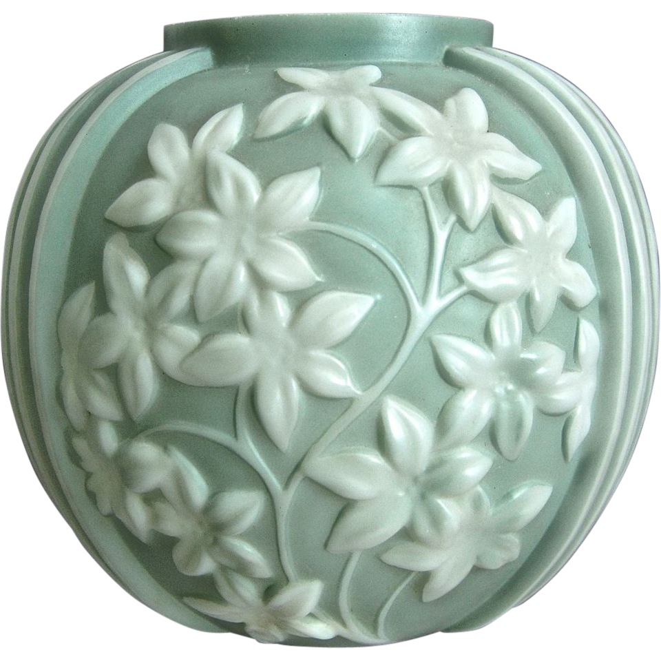 Phoenix Sculptured Artware Starflower Vase, Green Cameo, Ca. 1938