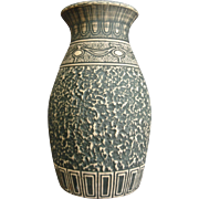 """Monumental Red Wing Brushed Ware Urn #151-22"""", c. 1929"""