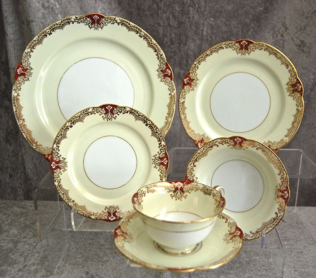 "Fabulous Noritake Red ""Vornay"" 48 pc. Service for 8, Ca. 1930"