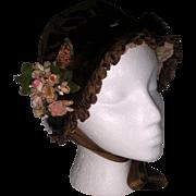 Nice Vintage 1930's - 40's Childs Fur Trimmed Velvet Bonnet