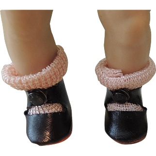 Vogue Ginny Black Center Snap Shoes with Pink Socks