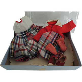 """Strung Vogue Ginny """"Eve"""" Outfit In Early Box 1952"""