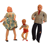 Doll House Family of Three - Mom Dad and Child
