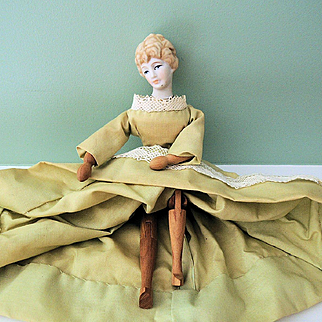 Vintage Bisque Head Lady with Neat Articulated Wood Body