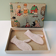 Dainty Pink Doll Mittens In Adorable Box for Dolls Trousseau