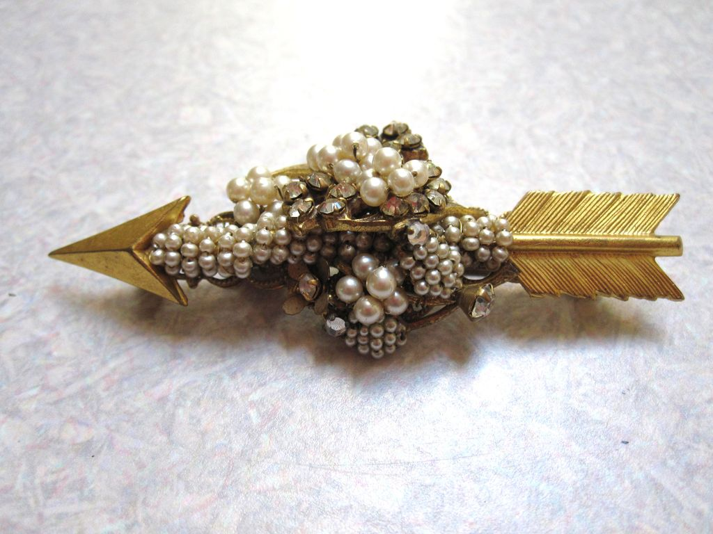 Miriam Haskell Arrow Brooch Laden With Pearls And