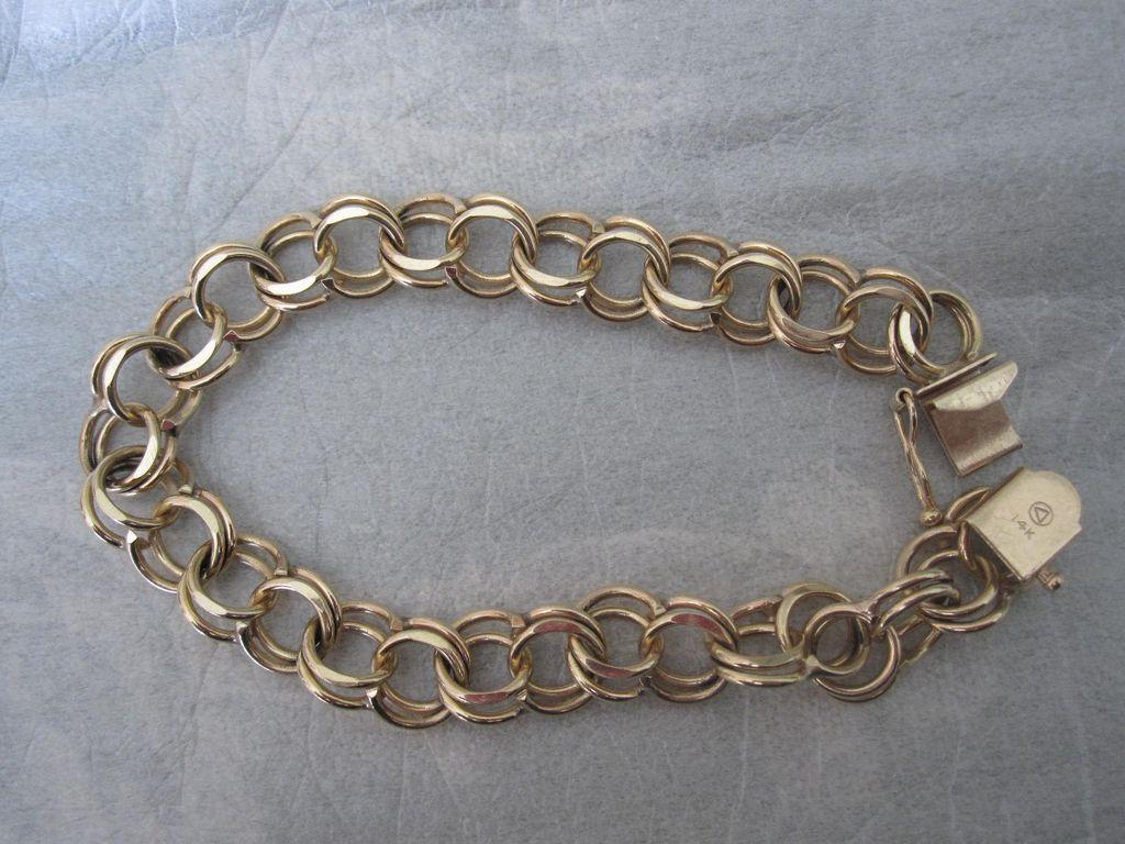 Stunning 14K Gold Double Link Charm Bracelet