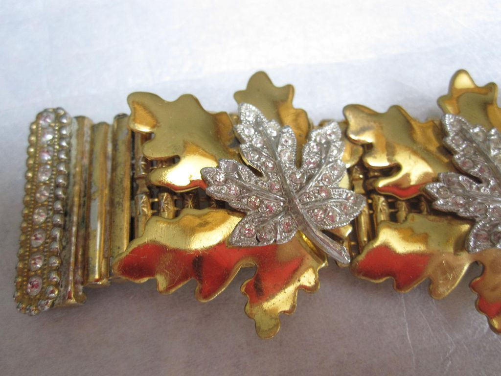 Highly Unusual Signed McClelland Barclay Bracelet With Leaves