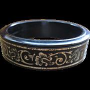 Vintage Marlowe Compact Bakelite Bracelet