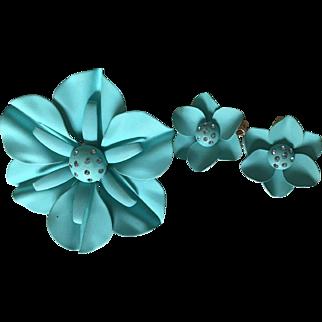 Big Pretty Powder Blue 1960s Vintage Brooch & Earring Set