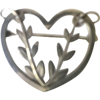 Vintage Georg Jensen Sterling Silver Numbered Heart & Vines 242B Pin/Brooch from Danish Master