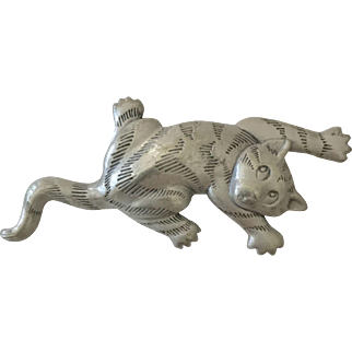This Striped JJ Jonette Jewelry Kitty Cat (Pin) is Trying to Climb the Walls!