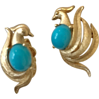 Funky Figural Jeweled Rooster Ear Clips Look Like Trifari but signed Avon Earrings