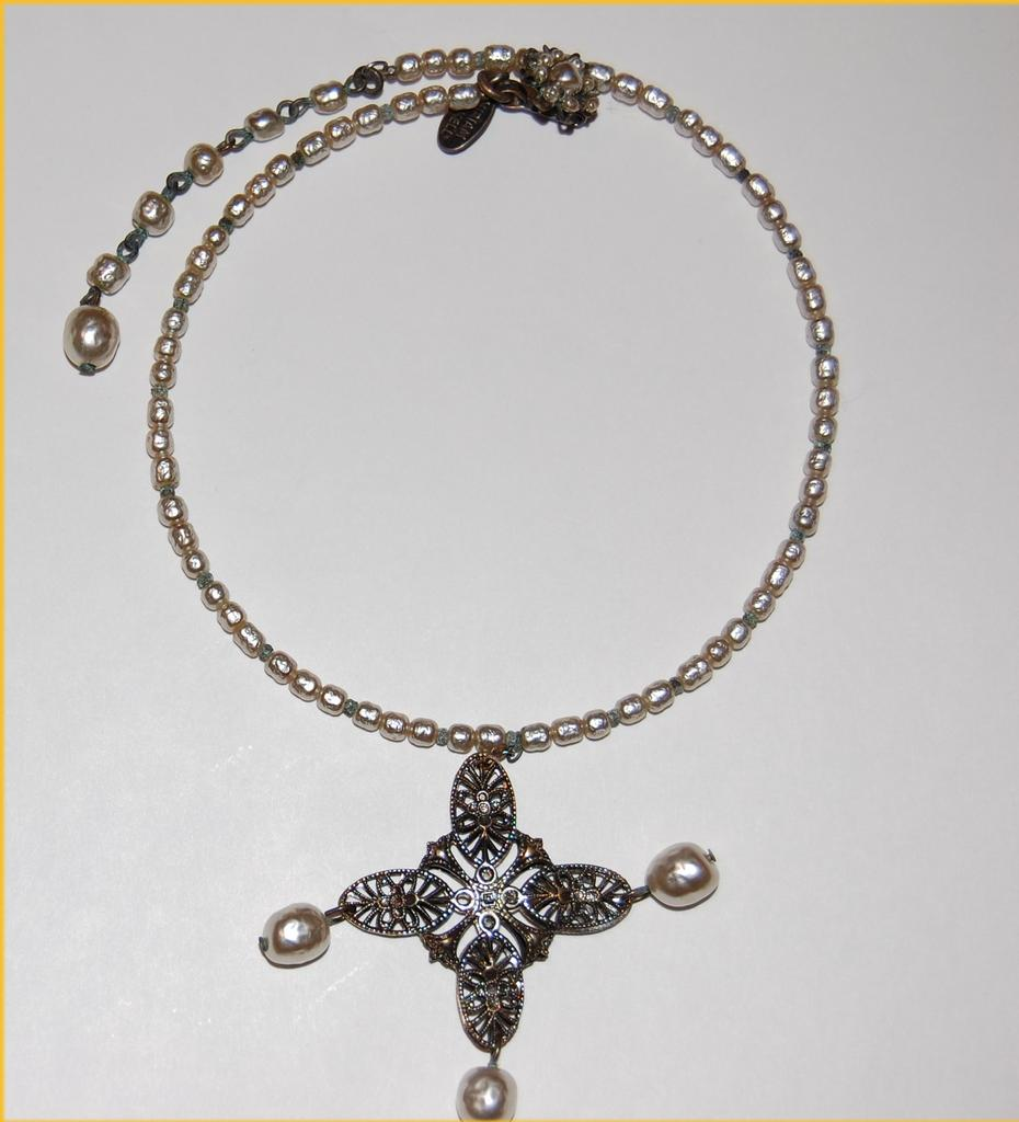 Miriam Haskell Signed Choker With Pendant Drops