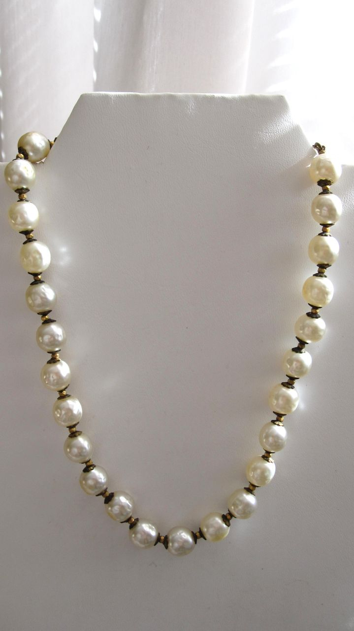 Jumbo Pearl Miriam Haskell Choker Necklace