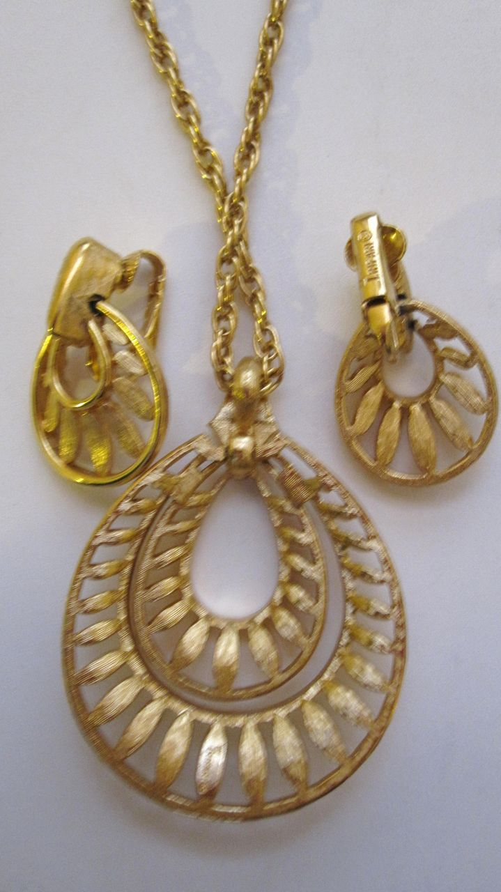 Trifari Necklace and Earrings Demi Parure