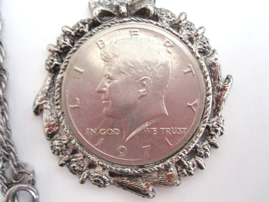 1971 Kennedy Half Dollar Necklace