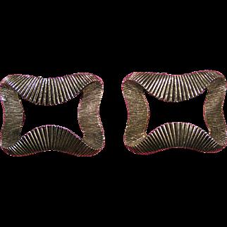 Shoe / Dress clips; Brass ribbon motif